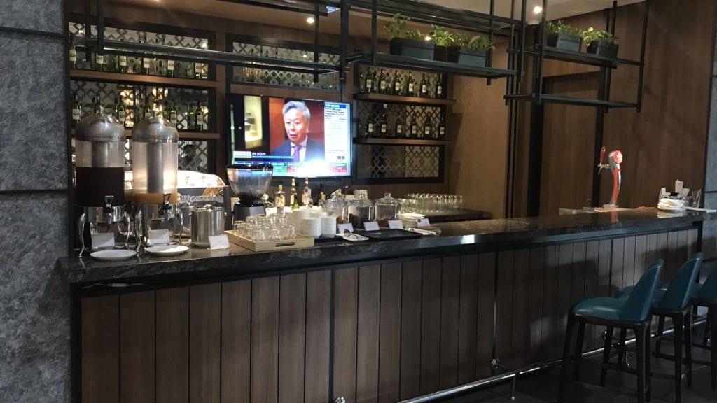 Plaza Premium Lounge Siem Reap Bar
