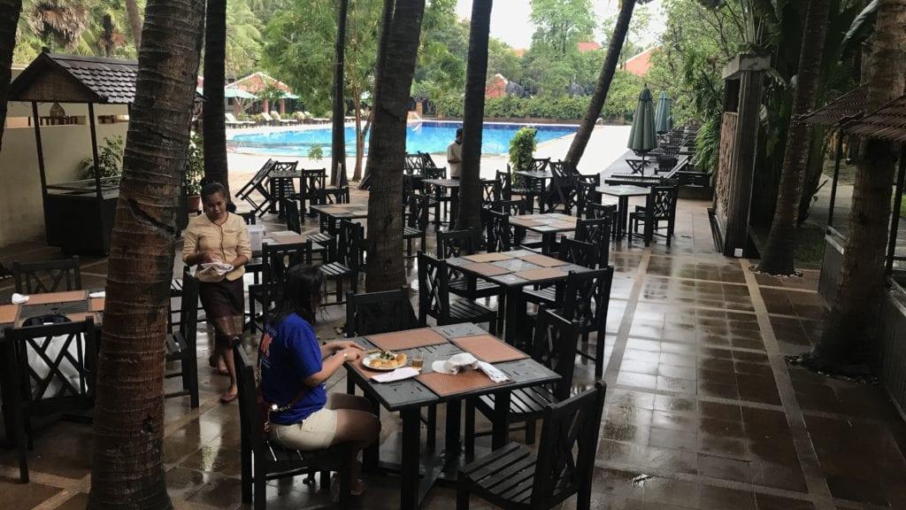 Royal Angkor Resort Frühstück Außen