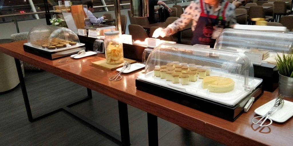 China Eastern Plaza Premium Lounge Shanghai Pudong Buffet 4