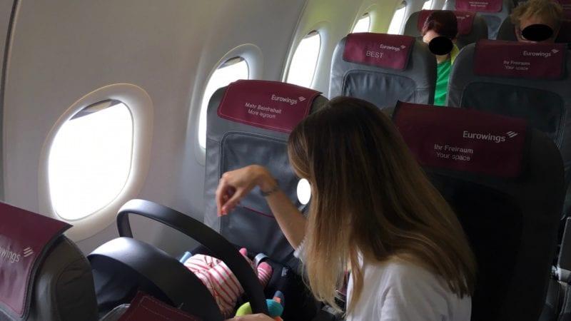 Fliegen Mit Baby Auf Der Kurz Und Mittelstrecke 4