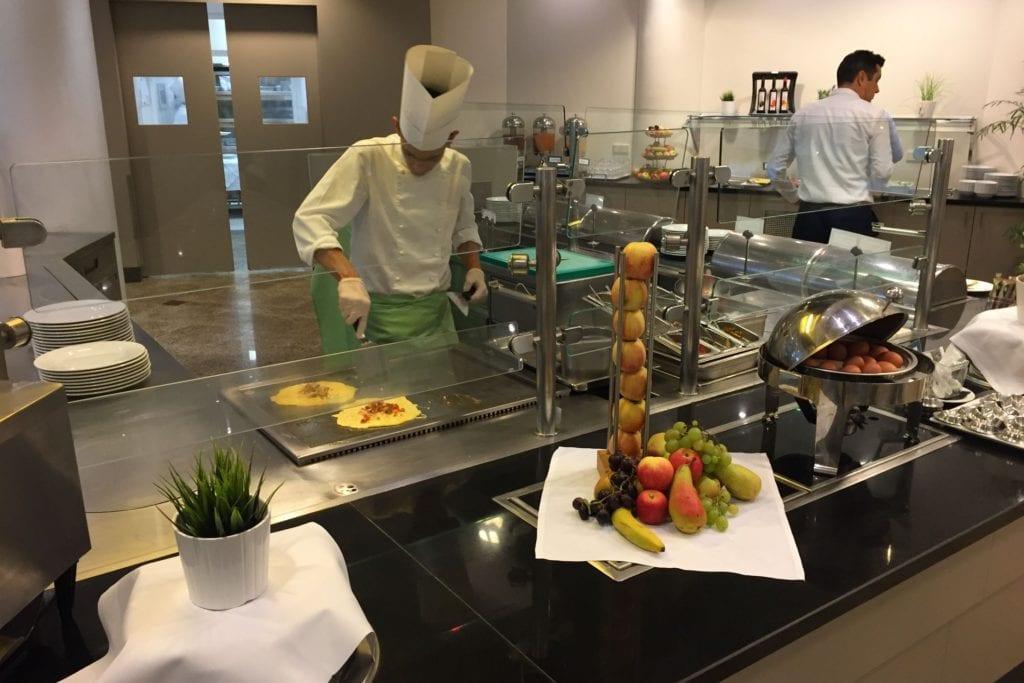 Hilton Garden Inn Vienna South Frühstück 1