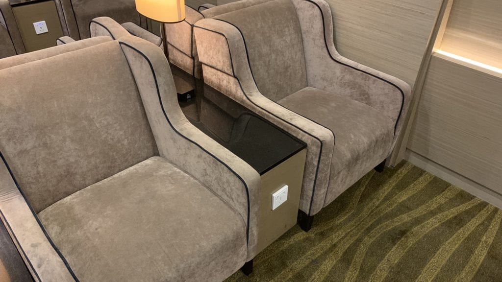 Plaza Premium Lounge Penang Sitze 3