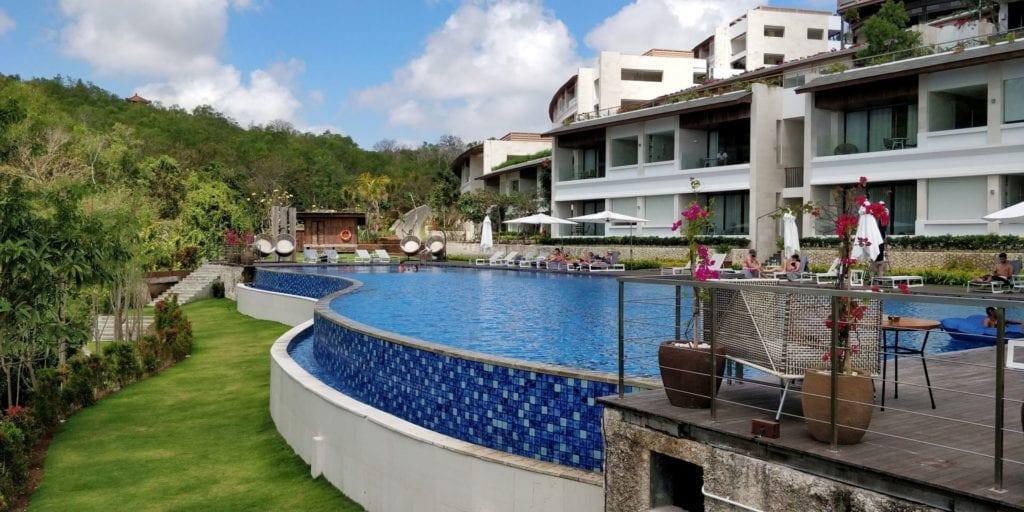 Renaissance Bali Uluwatu Pool 10