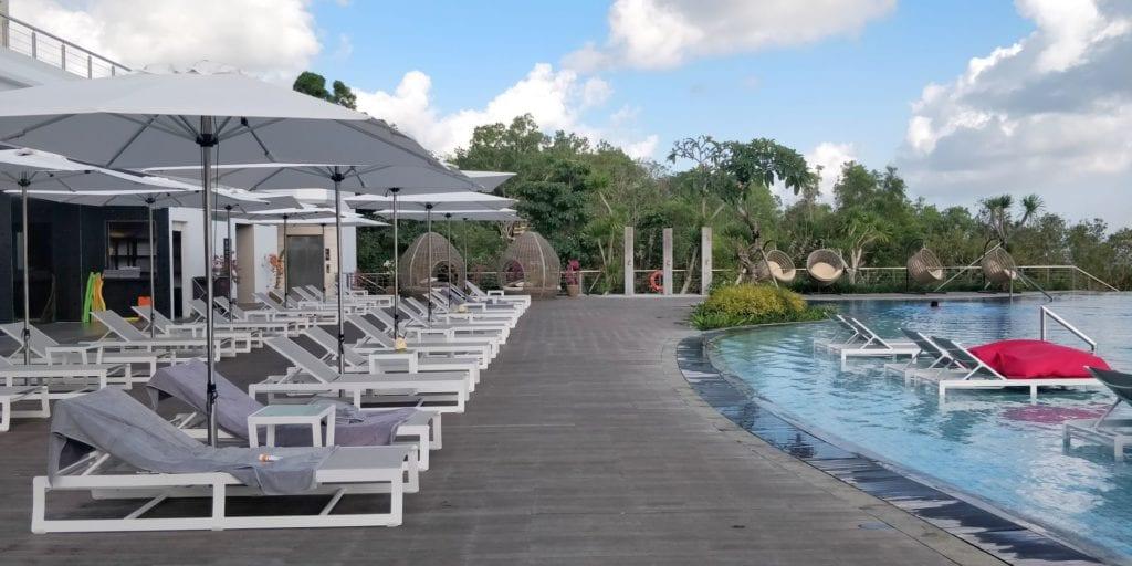 Renaissance Bali Uluwatu Pool 4