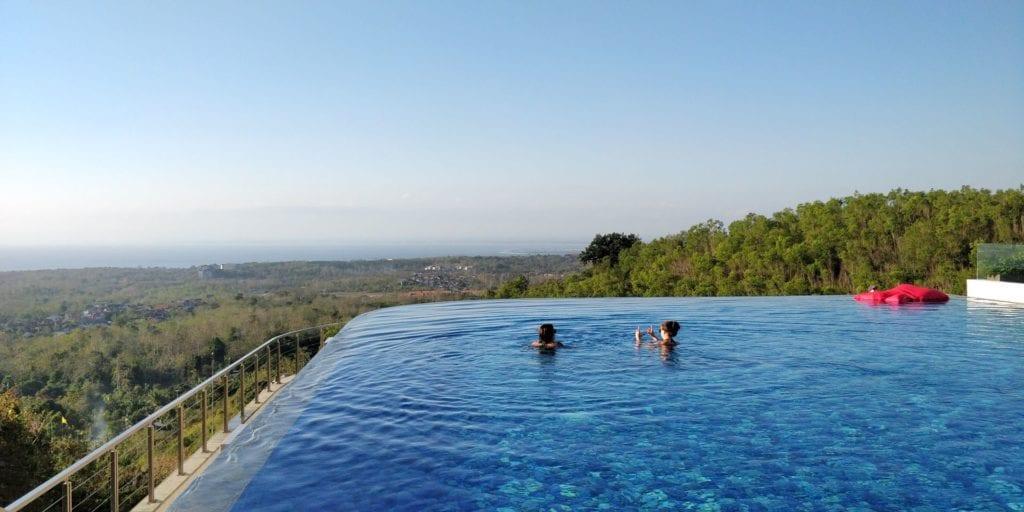 Renaissance Bali Uluwatu Pool 6