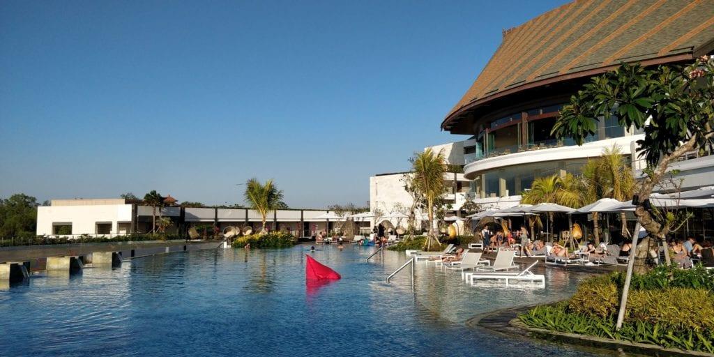 Renaissance Bali Uluwatu Pool 7