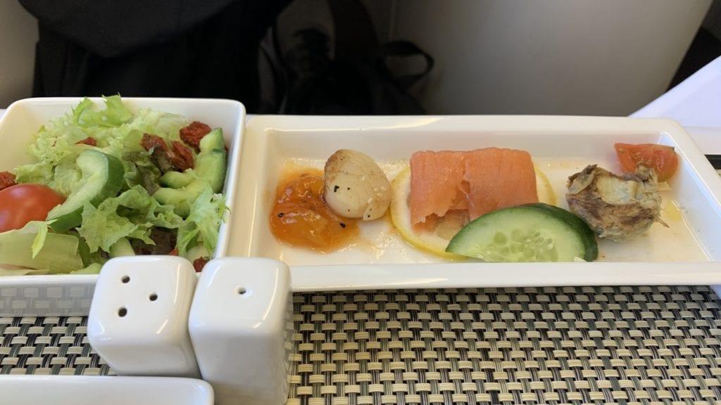 Saudia A330 Business Class Essen 1
