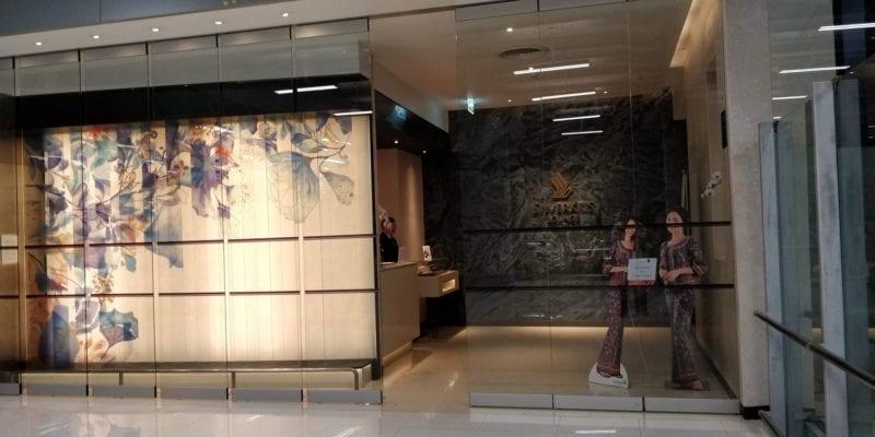 Singapore Airlines SilverKris Lounge Bangkok Eingang