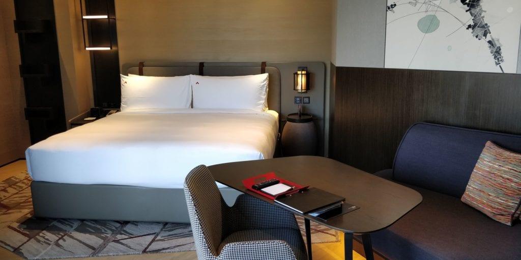 Swissotel The Stamford Singapur Zimmer