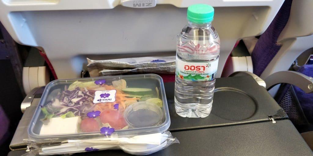 Thai Airways Economy Class Kurzstrecke Essen