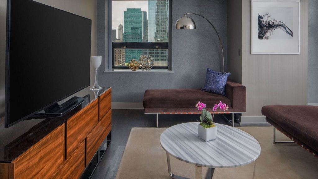 Grand Hyatt New York P349 VIP Suite View.16x9.adapt.1280.720