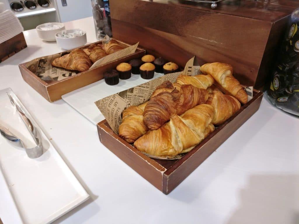 Hampton By Hilton Exeter Airport Frühstück 5