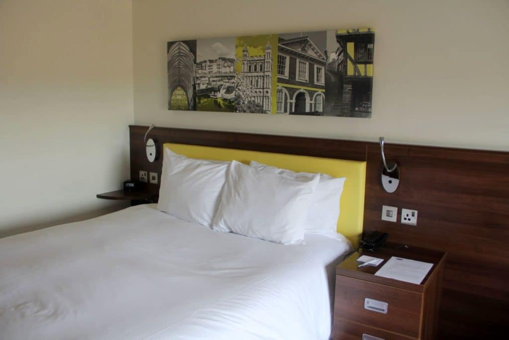 Hampton By Hilton Exeter Airport Zimmer