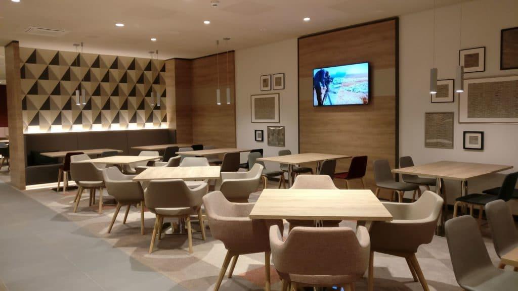Hampton By Hilton Frankfurt East Lobby 2