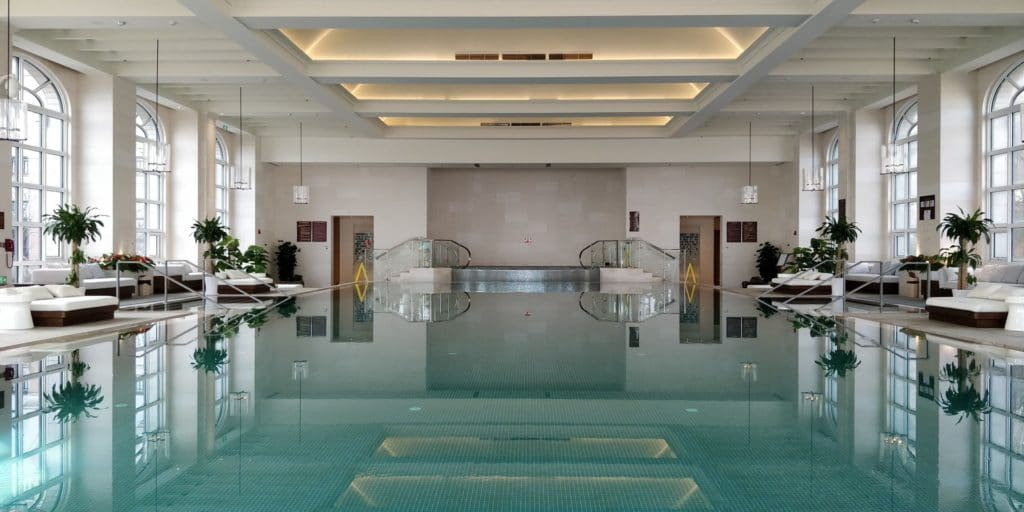 Hilton Dalian Golden Pebble Beach Pool