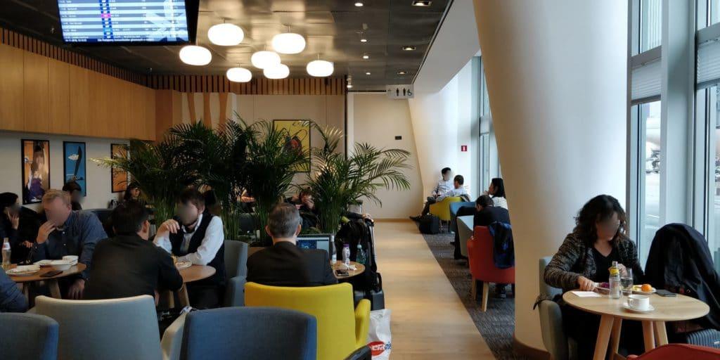 LOT Business Lounge Non Schengen Warschau 2