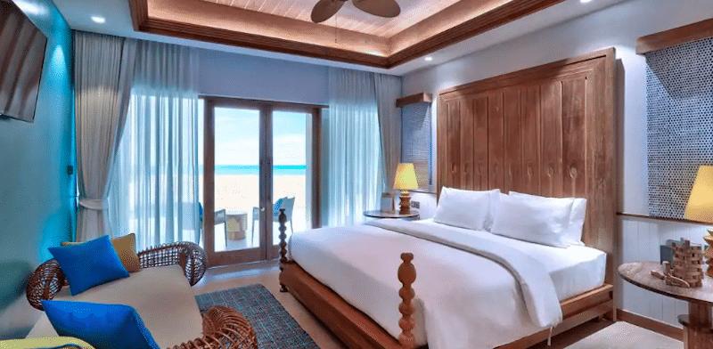 SAii Lagoon Maldives Hilton
