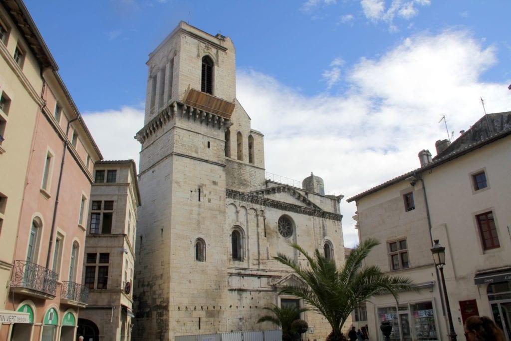 Nimes Kathedrale