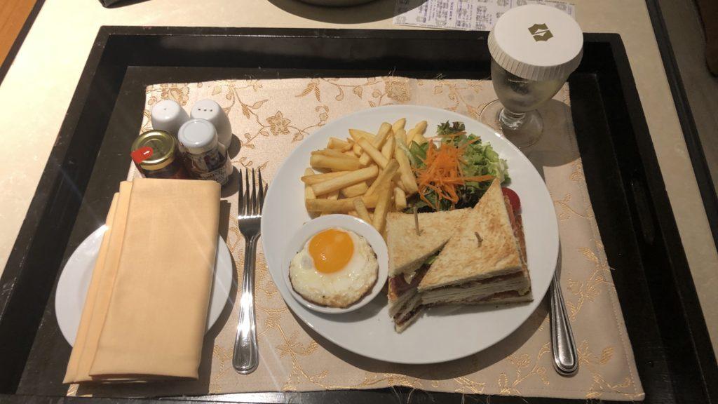 Shangri La Rasa Sayang Resort Pengang Room Service Club Sandwich