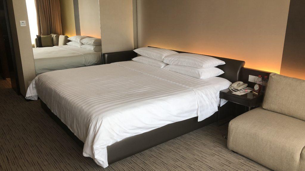 Traders Hotel Kuala Lumpur Zimmer Bett