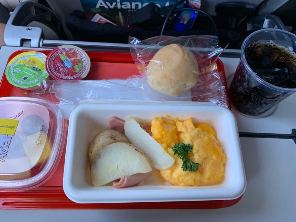 Avianca Economy Class Kurzstrecke A321 Neo Verpflegung