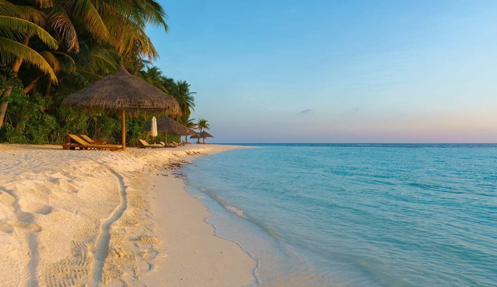 Conrad Maldives Strand