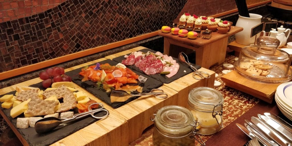 Four Seasons Shanghai Lounge Abendessen