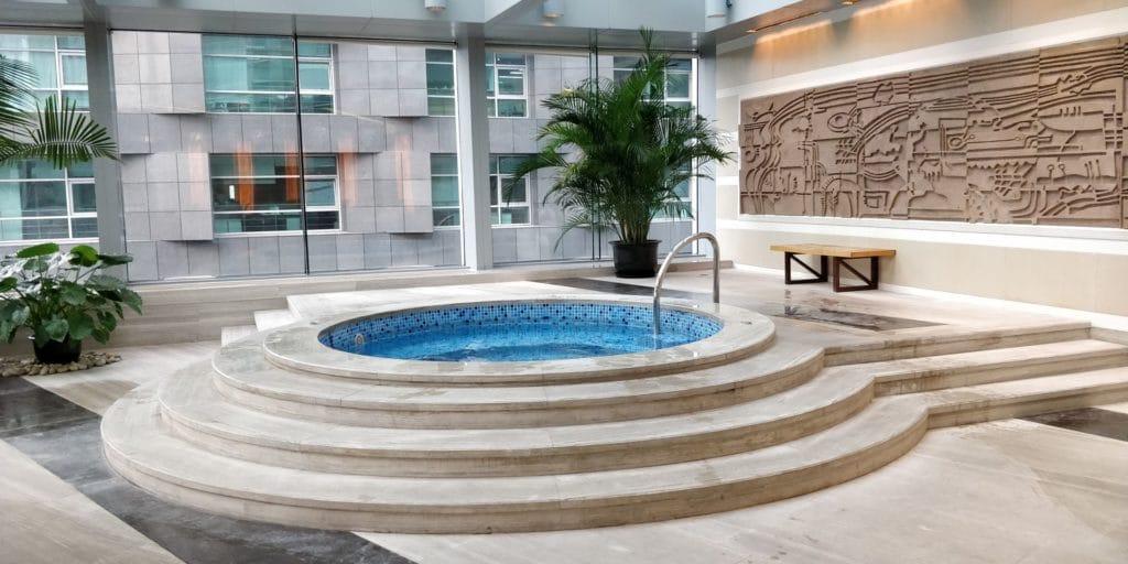 Four Seasons Shanghai Pool 3