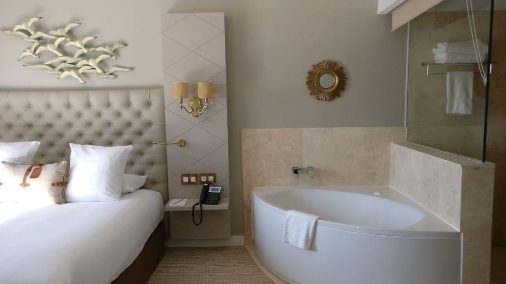 Grand Hotel Des Sablettes Plage Tropizienne Suite 11