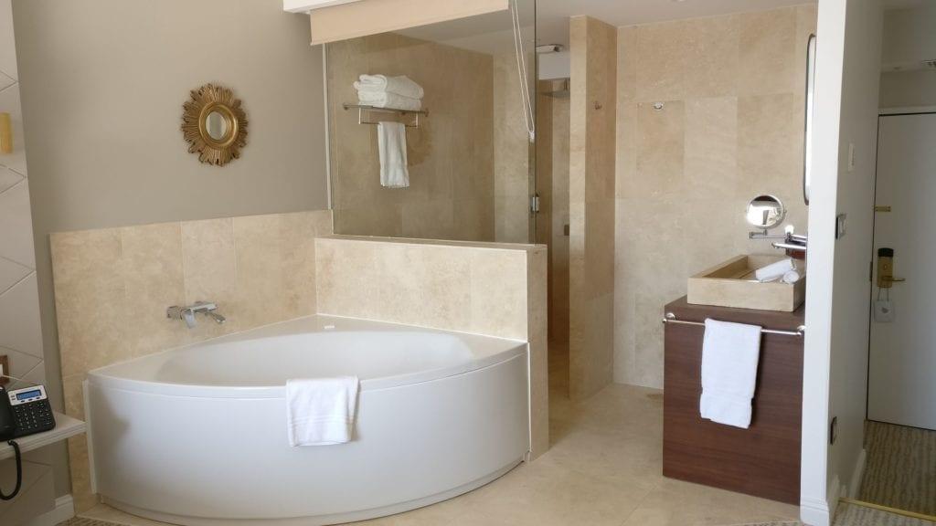 Grand Hotel Des Sablettes Plage Tropizienne Suite 4