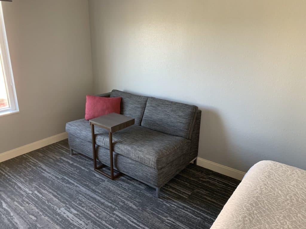 Hampton Inn Miami Airport Zimmer Sofa