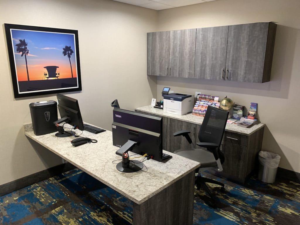 Hampton Inn Miami Airport Zimmer Business Center