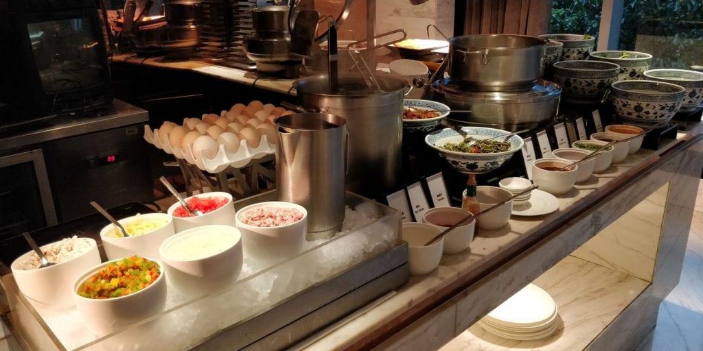 Hilton Shanghai Hongqiao Lounge Frühstück 3