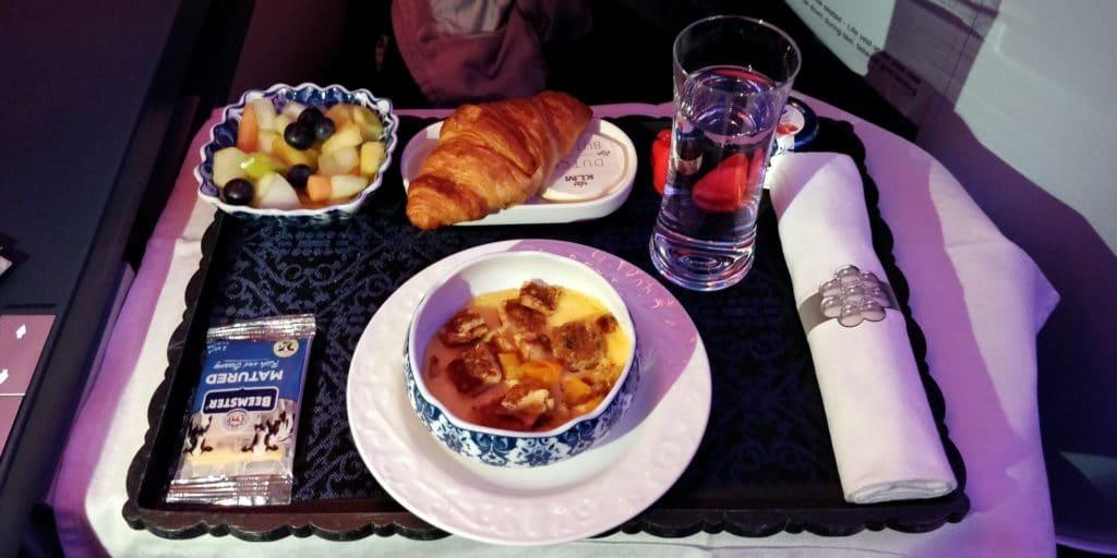 KLM Business Class Boeing 787 Frühstück