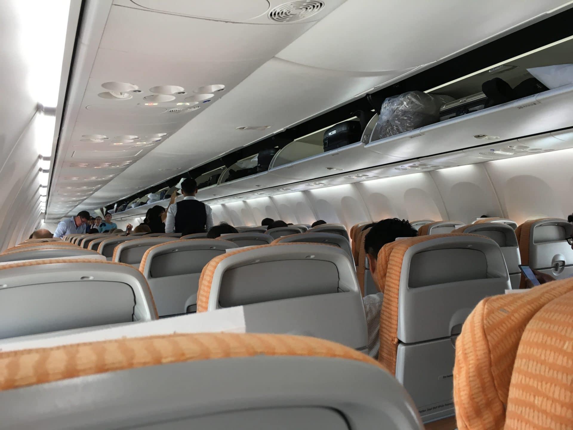 Silk Air Economy Class Kurzstrecke Kabine
