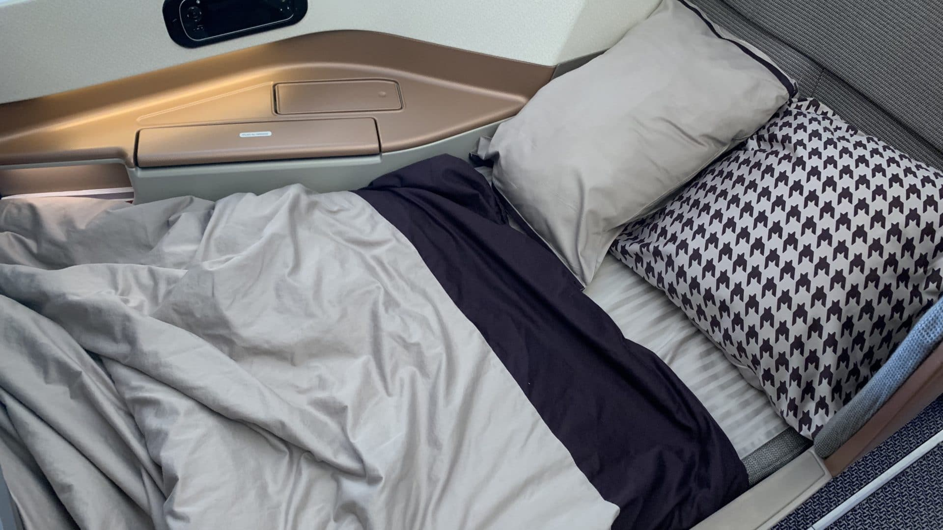 Singapore Airlines Business Class Airbus A350 Bett