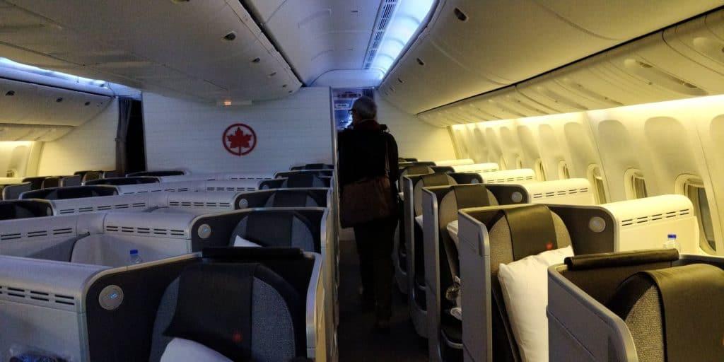 Air Canada Business Class Boeing 777 Sitz 1