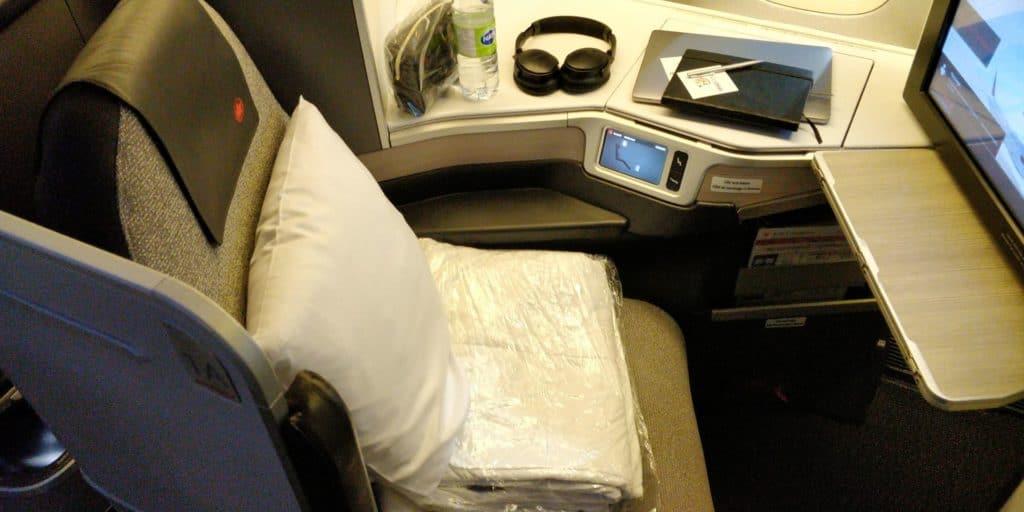 Air Canada Business Class Boeing 777 Sitz 8