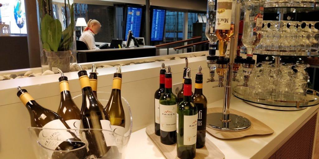 Aspire Lounge Helsinki Buffet 7