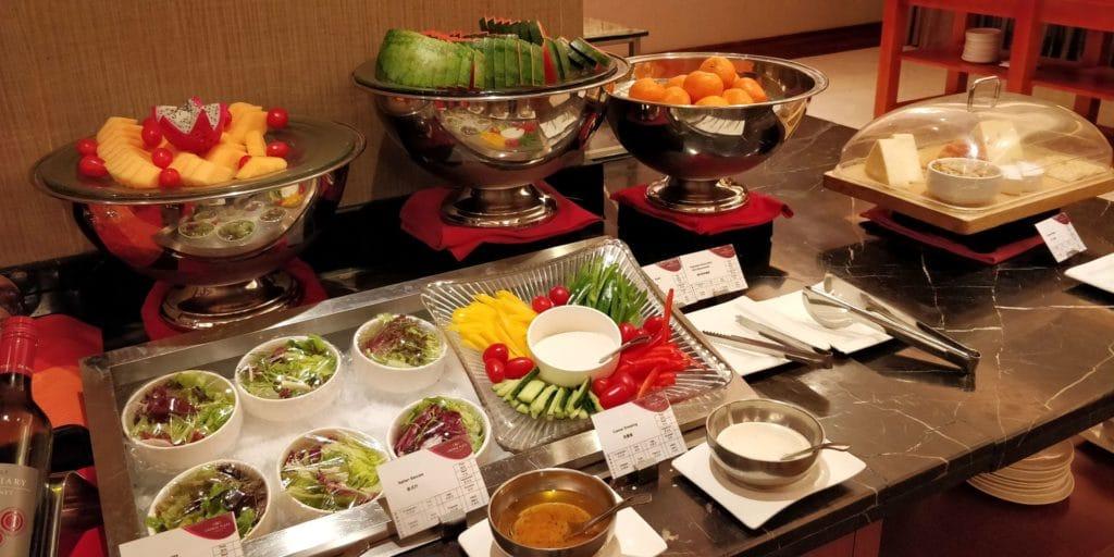 Crowne Plaza Shanghai Century Park Lounge Abendessen