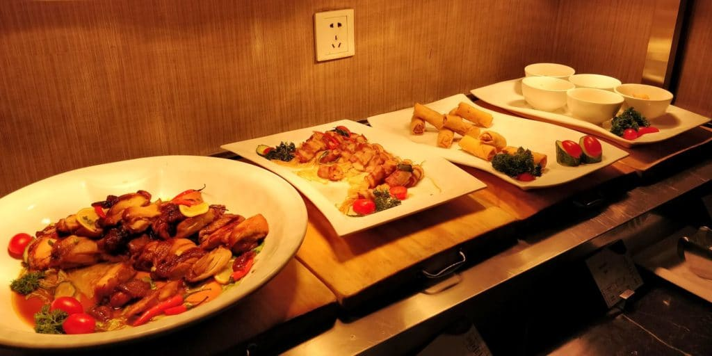 Crowne Plaza Shanghai Century Park Lounge Abendessen 2