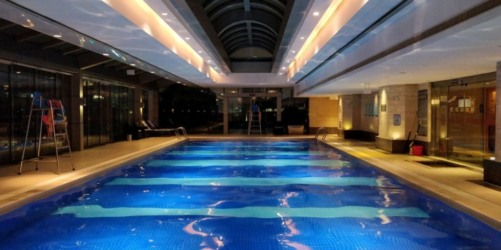 Crowne Plaza Shanghai Century Park Pool 2