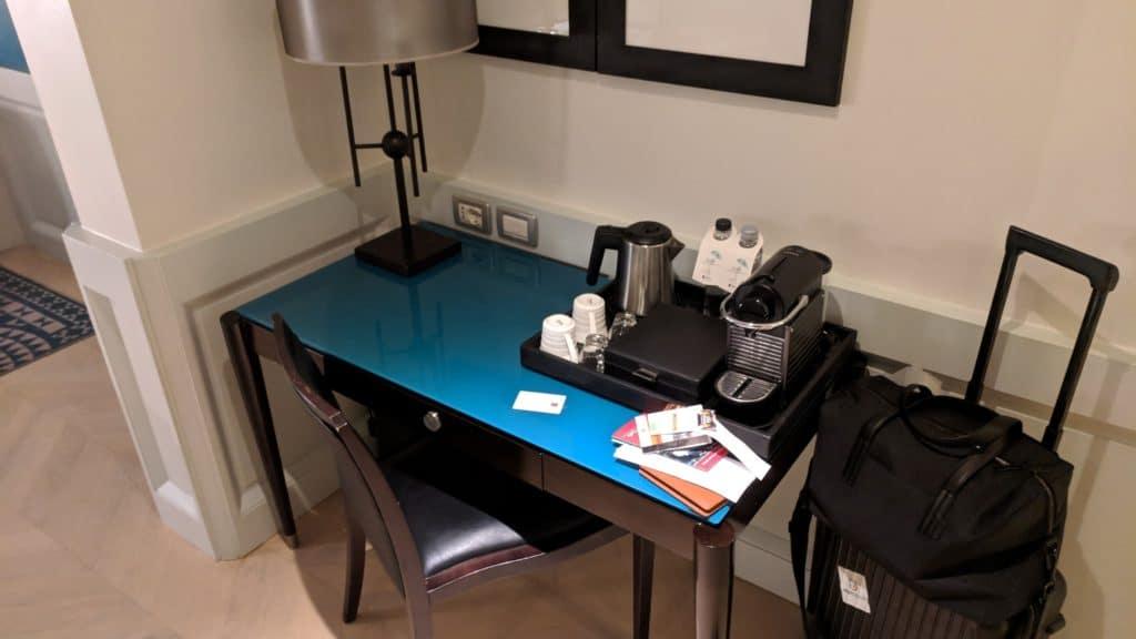 Hotel Indigo Rom Schreibtisch
