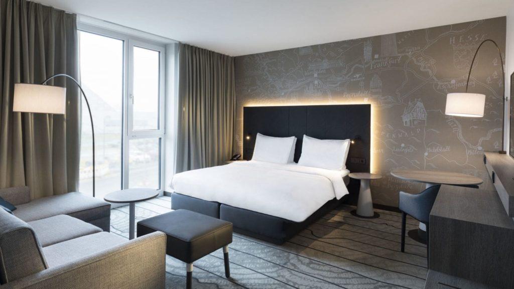 Hyatt Place Frankfurt Airport P162 King Room