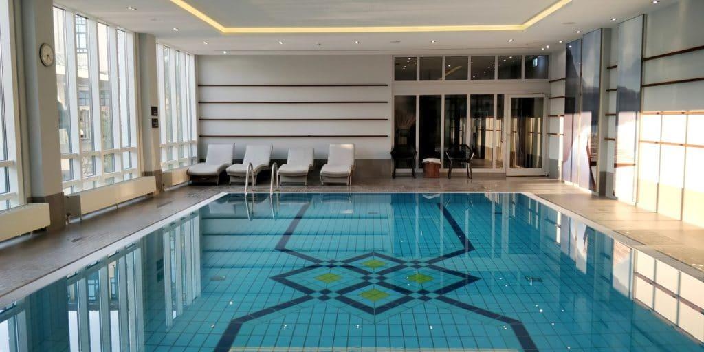 Marriott München Flughafen Pool 2
