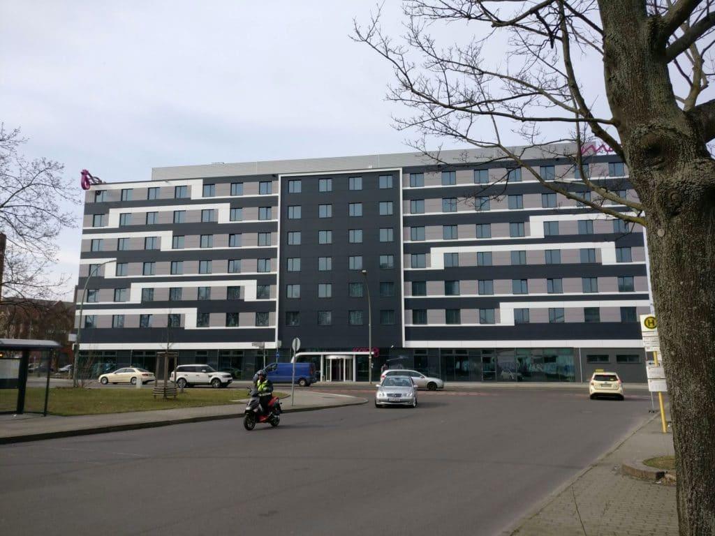 Moxy Berlin Ostbahnhof Gebäude