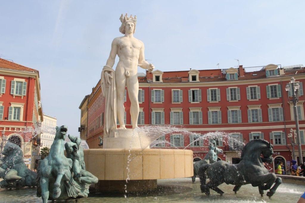 Nizza Fontaine Du Soleil