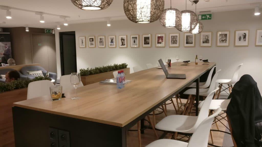 Premium Traveller Lounge Paris Orly 4
