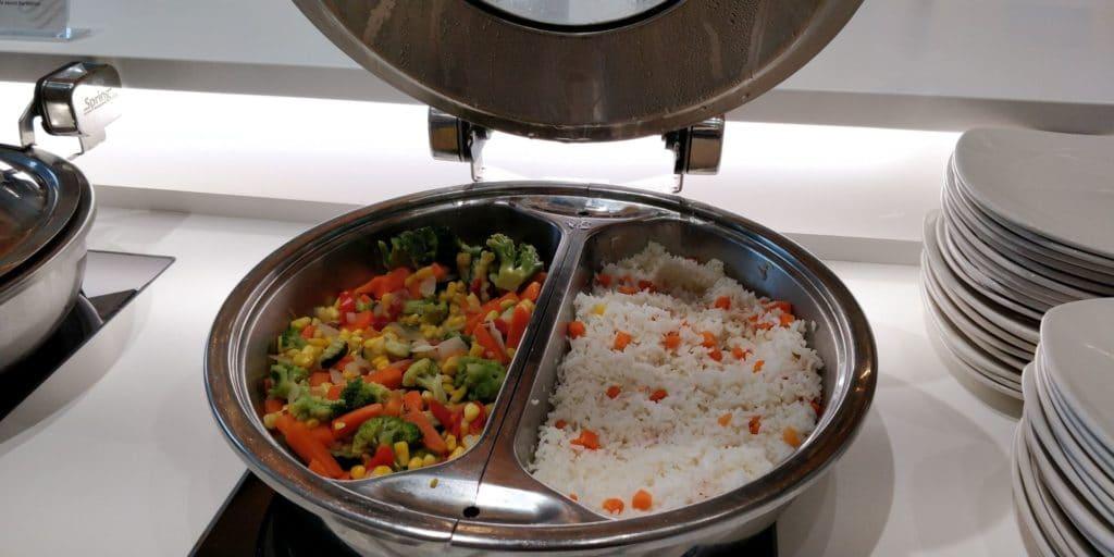 Skyteam Lounge Vancouver Essen 1