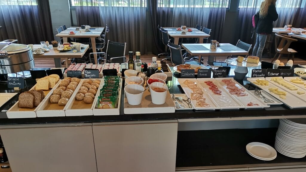 AC Hotel Bologna Frühstück (2)
